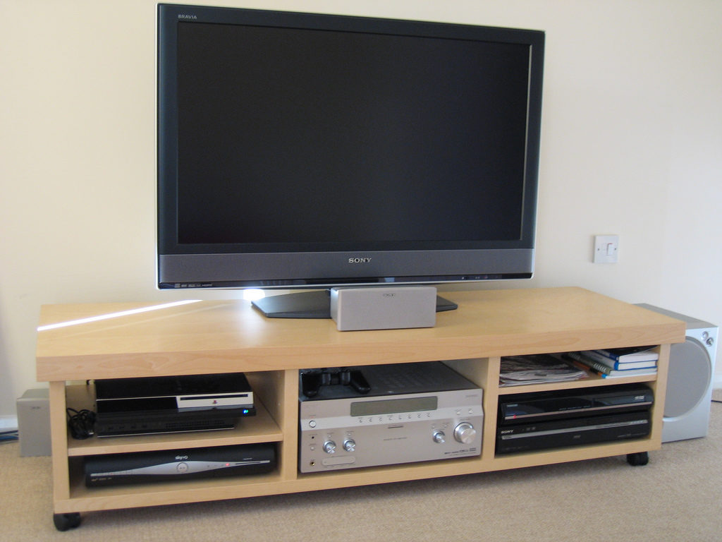 правильная эксплуатация телевизора